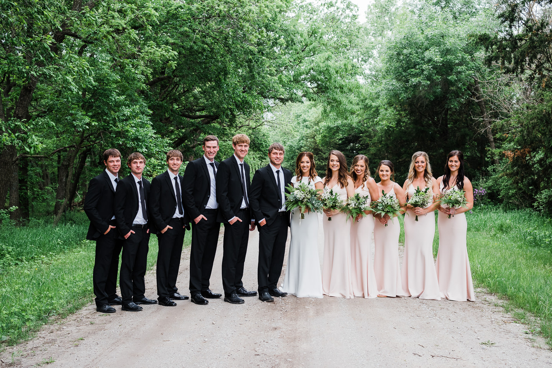 Wedding Pictures, Wedding Inspo, greenery