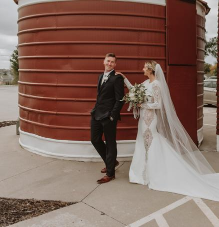 Lauryn and Jeremy celebrate their Unique Union at the Ackerhurst Dairy Barn in Bennington