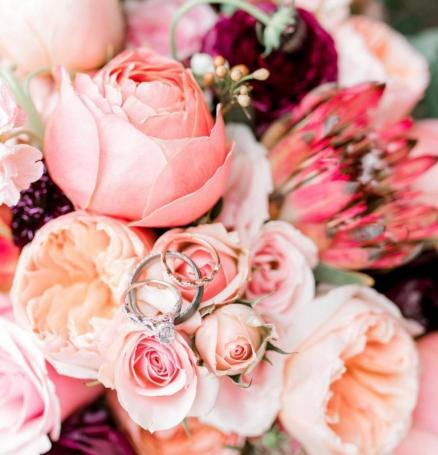 Photo by Sam Areman with Blooms & Bouquets